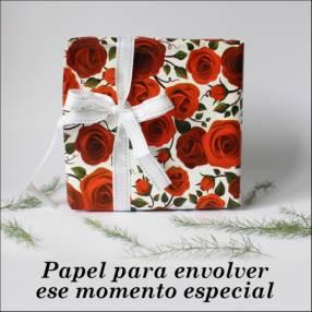 Bobina de papel para regalo rosas
