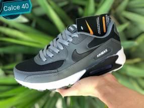 Calzado Nike deportivo