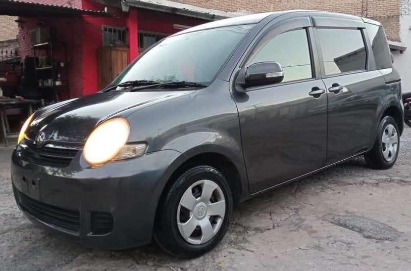 Toyota Sienta 2007 - 7