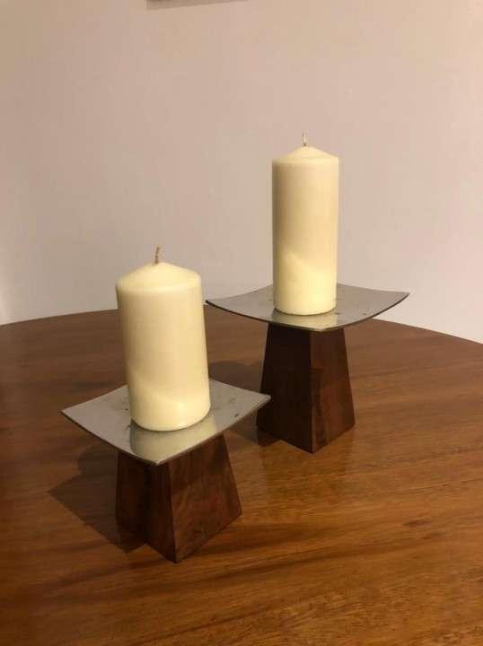 Porta velas de madera y metal - 0