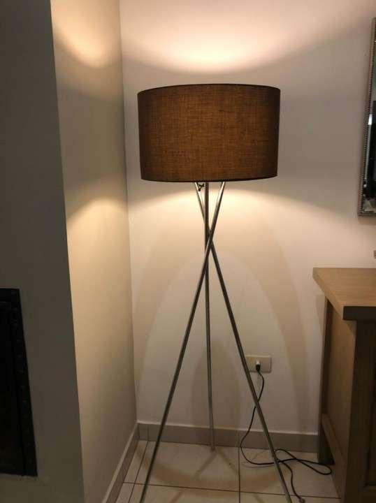 Lámpara de pie - 0