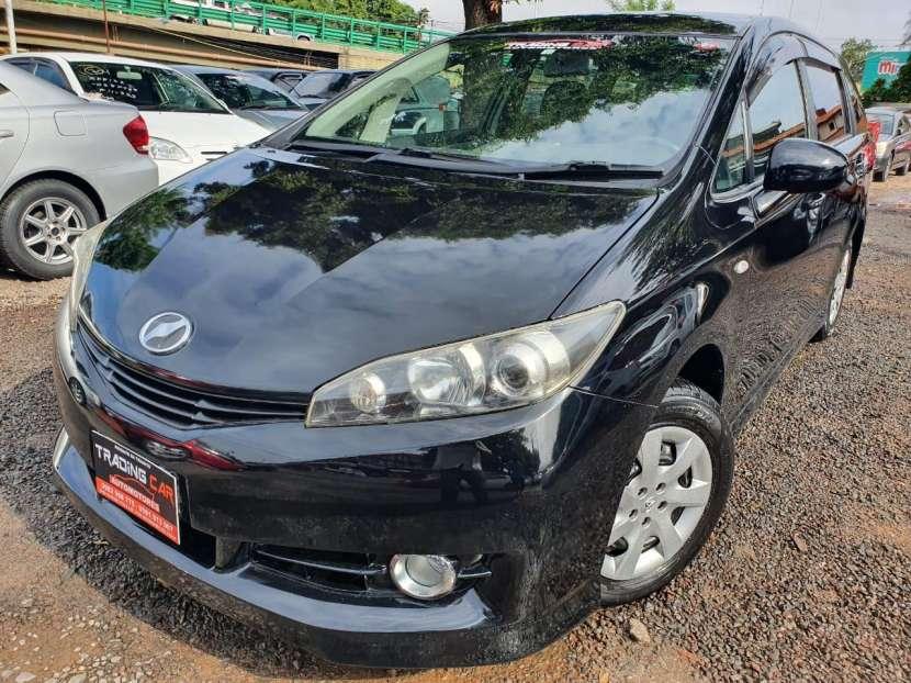 Toyota New Wish 2011 - 1