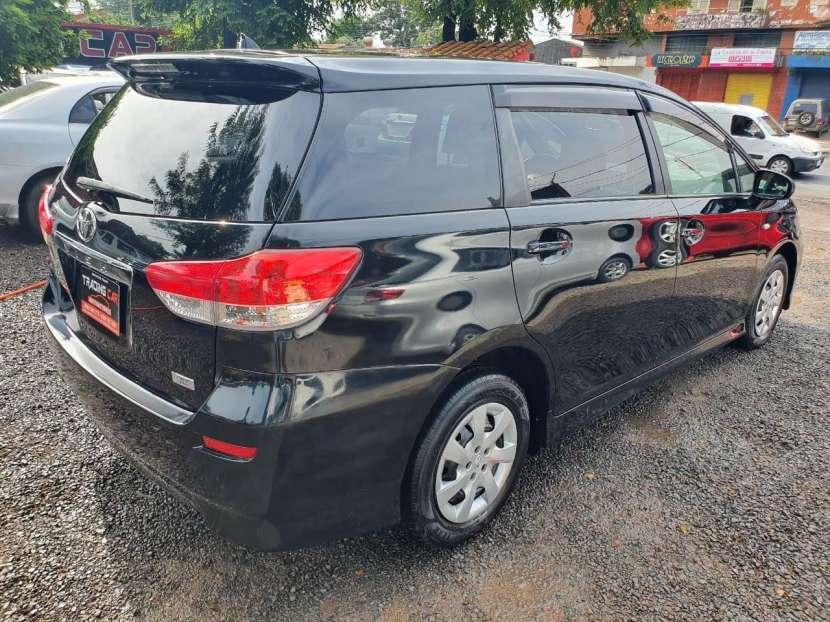 Toyota New Wish 2011 - 6