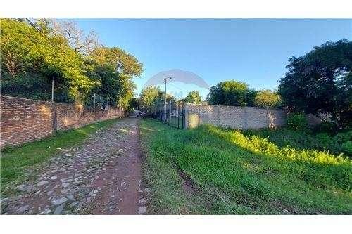 Terreno 524 m2 Ñemby Barrio Salinas - 3