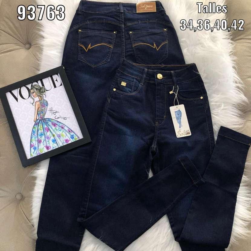 Sol Jeans con bordados - 1