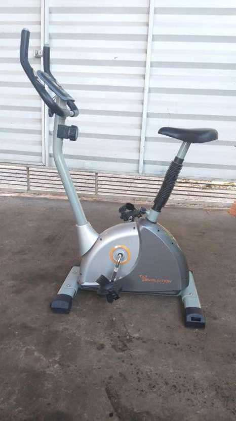 Bicicleta estática Evolution - 0