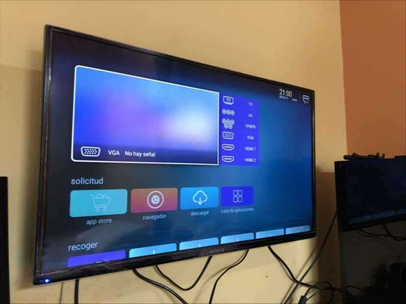 Smart tv 32 pulgadas - 0