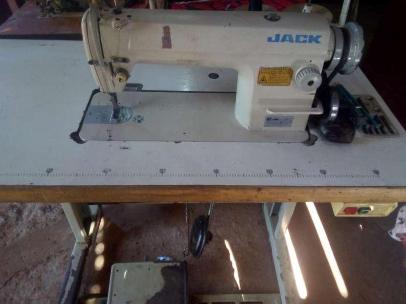 Máquina de coser Jack - 0