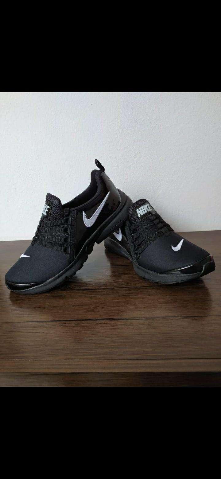Calzados deportivos - 1