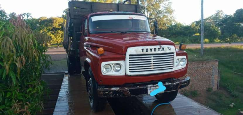 Camión de carga para 12.500 kilos Toyota 6000 sencillo - 2