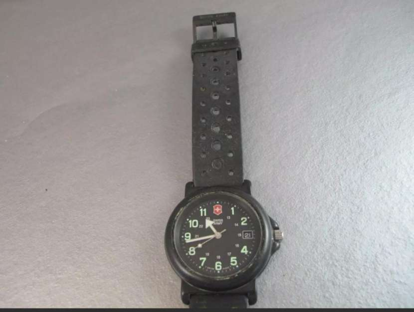 Reloj Victorinox Swiss Army modelo Renegade - 2