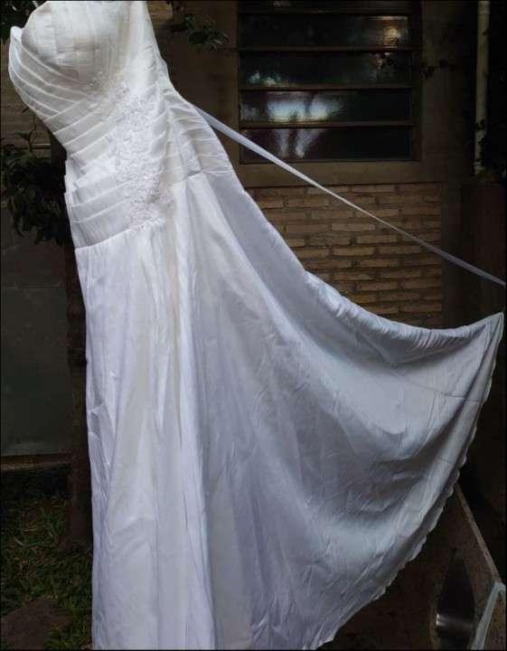 Vestido de novia blanco de gripur - 4
