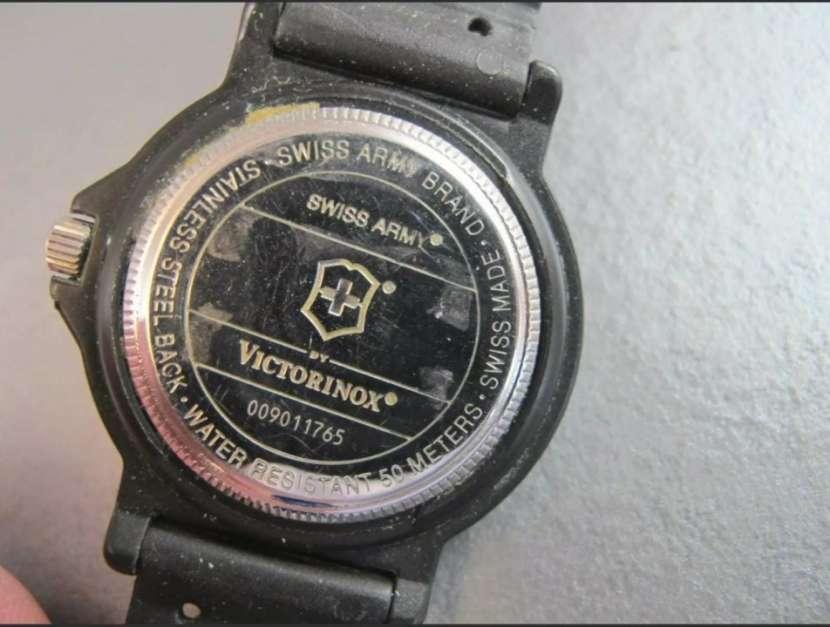 Reloj Victorinox Swiss Army modelo Renegade - 7