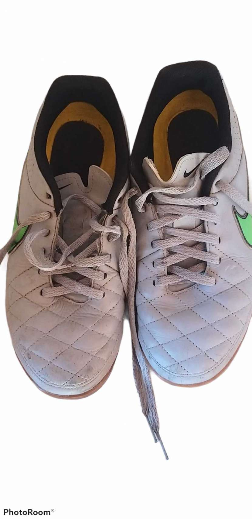 Calzado Nike Tiempo para futsal calce 38 - 0