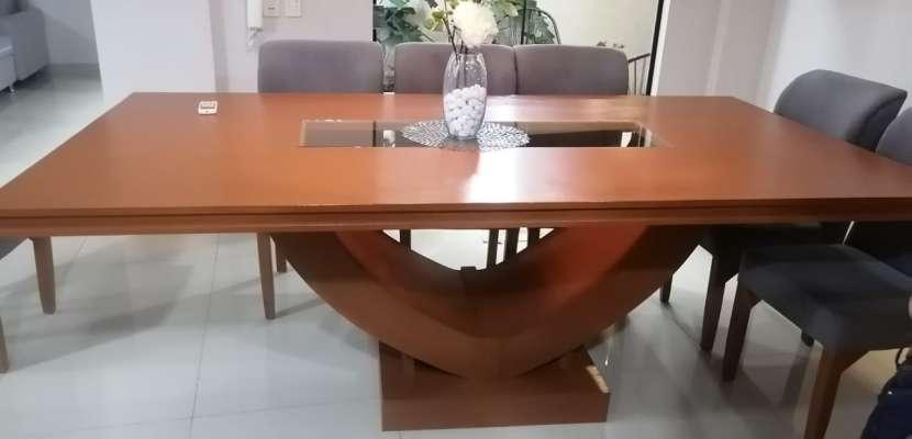 Mesa de comedor con 10 sillas - 5