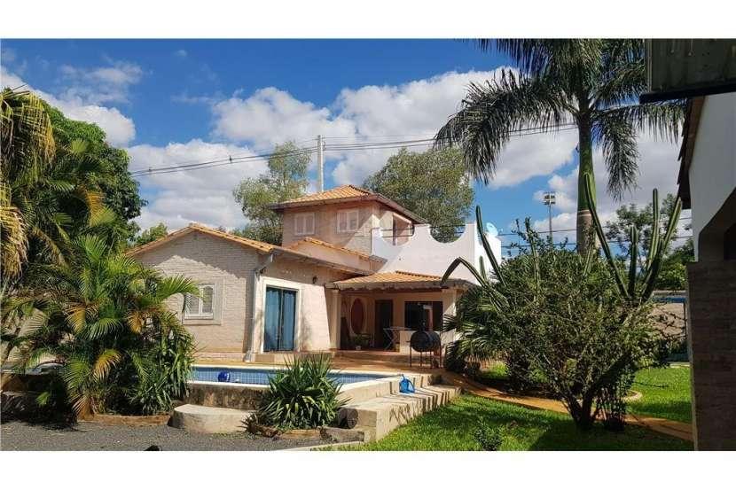 Casa quinta en Mariano Roque Alonso - 4