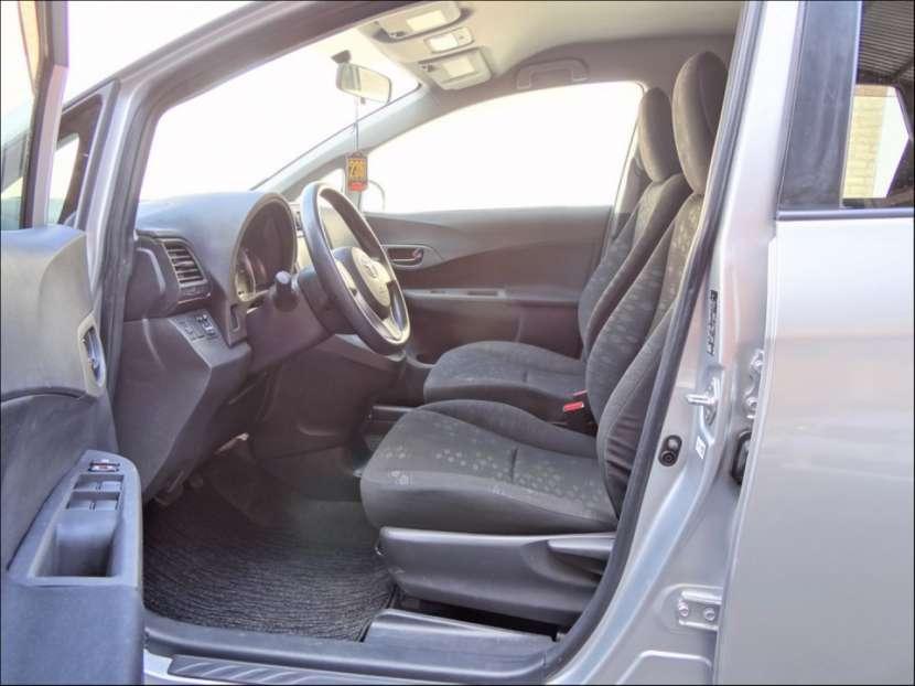 Toyota New Ractis 2011 - 4