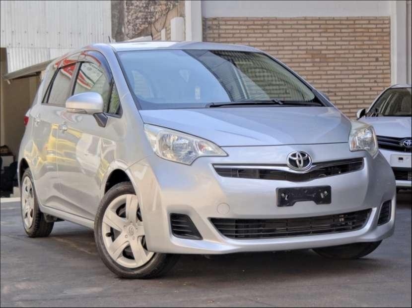 Toyota New Ractis 2011 - 0