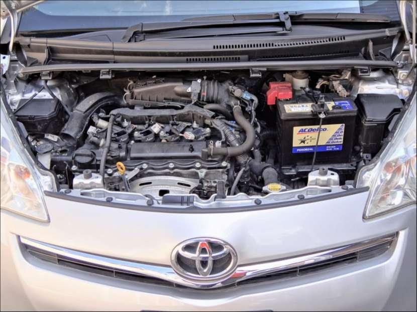 Toyota New Ractis 2011 - 2
