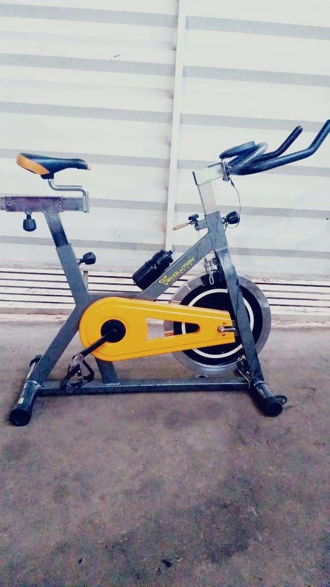 Bicicleta spinning Evolution - 0