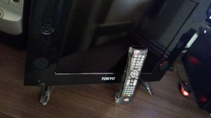 Televisor Tokyo de 21 pulgadas con control - 6