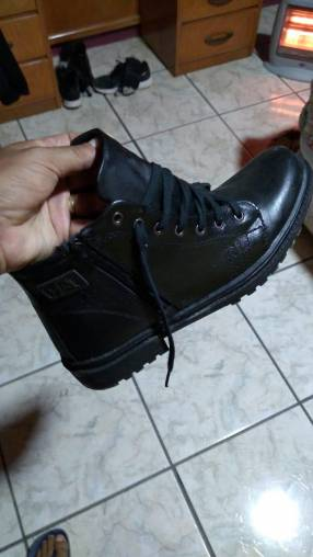 Bota CAT calce 40