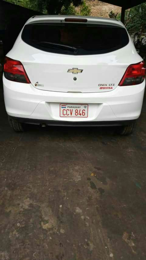 Chevrolet Onix 2014 - 1