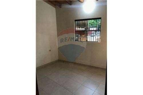 Duplex en esquina en Villa Elisa - 8