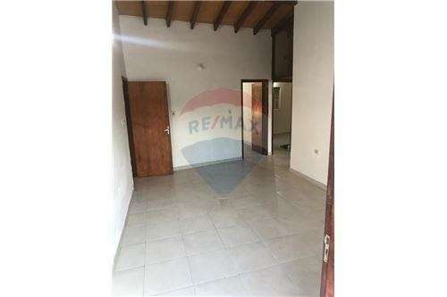 Duplex en esquina en Villa Elisa - 3