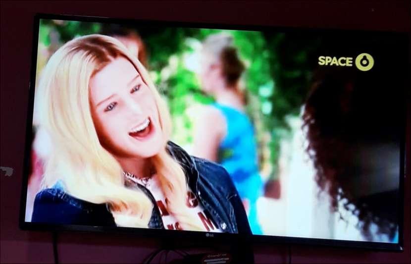 Smart TV LG de 43 pulgadas - 4