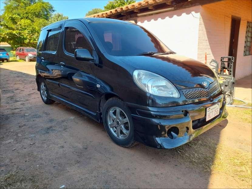 Toyota FunCargo 2003 - 0