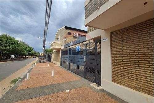 Duplex en condominio en Luque Laurelty Los Lapachos VII - 5