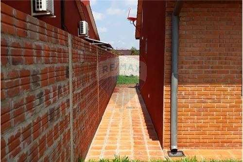 Duplex Mora Cue Luque - 8