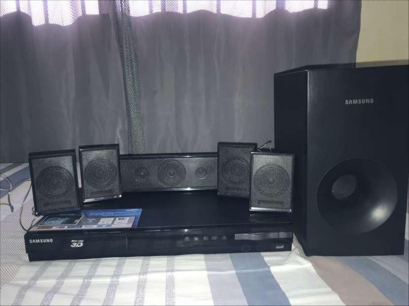 Home Theater Samsung Blu-Ray 3D - 0