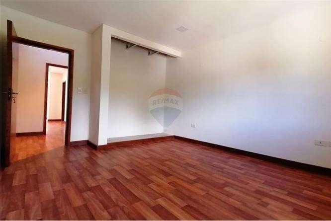 Casa zona Av. Las Residentas - 2