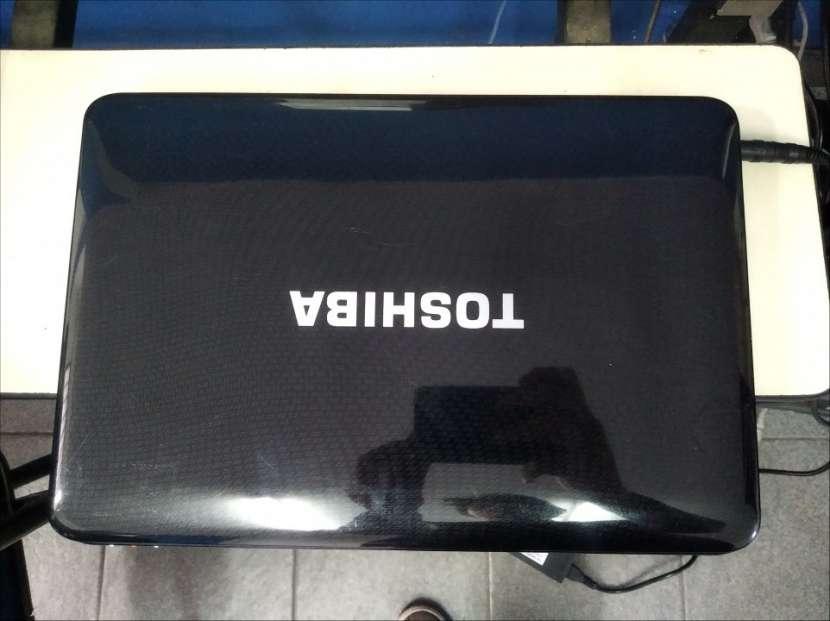 Notebook Toshiba AMD Athlon II 360 Dual Core 2.30 GHz - 1