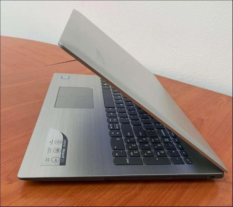 Lenovo IdeaPad 320 i5 8250U Quad 8 gb RAM - 4