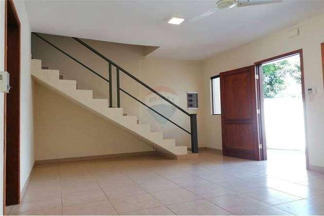 Casa zona Av. Las Residentas - 1