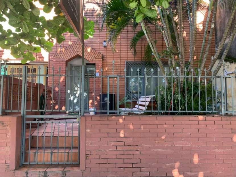 Casa en Barrio Bernardino Caballero - 1