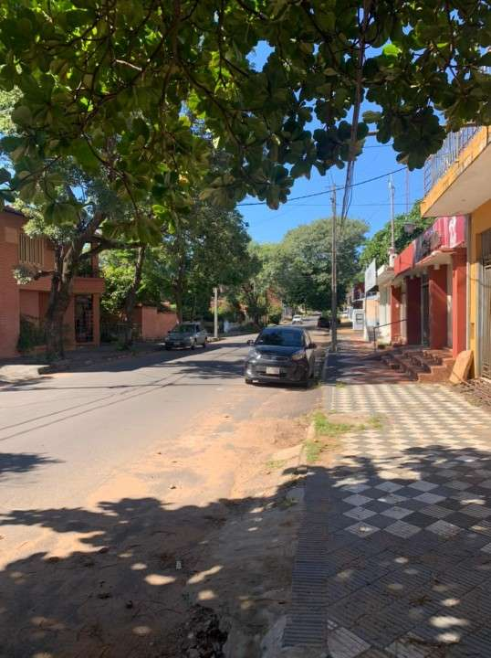 Casa en Barrio Bernardino Caballero - 0