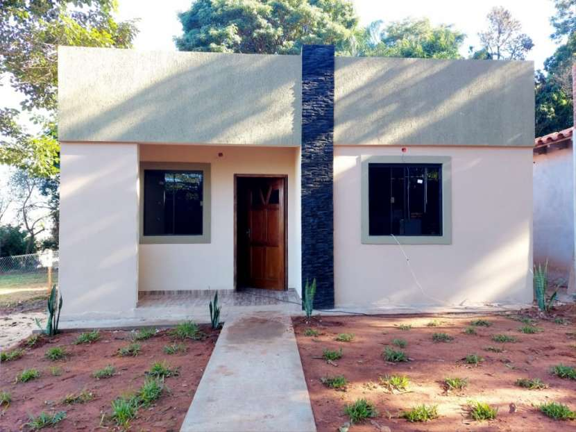 Casa a estrenar con gran patio en San Antonio - 1