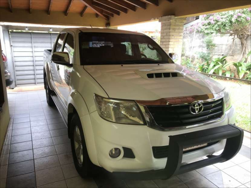 Toyota Hilux 2014 - 0