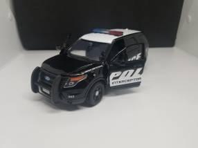 Ford Explorer 1/24
