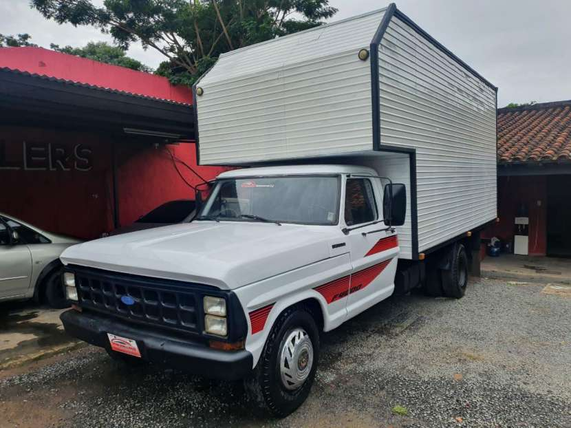 Ford F-4000 1980 - 0
