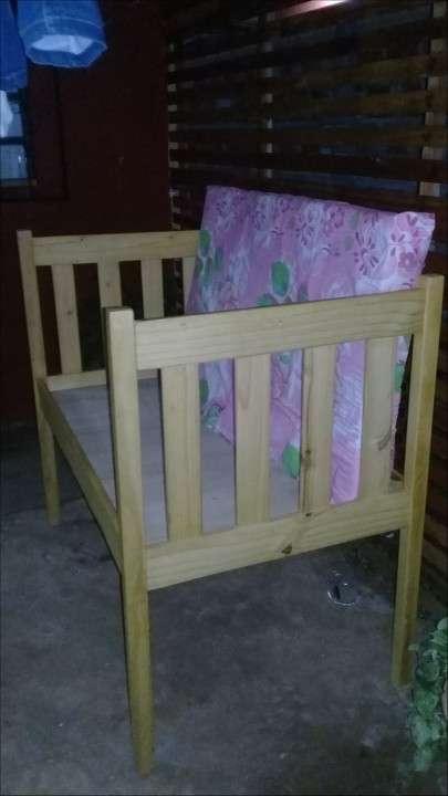 Cunita con colchón - 1