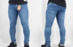 Jeans elastizado talle 36 al 46