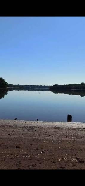 Terreno sobre el lago Acaray