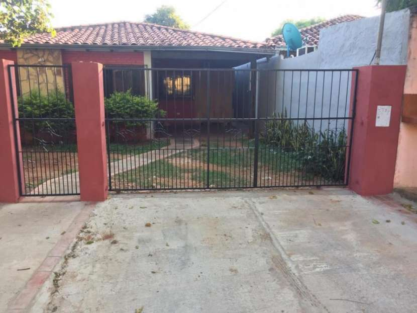 Casa en el microcentro de San Lorenzo - 2
