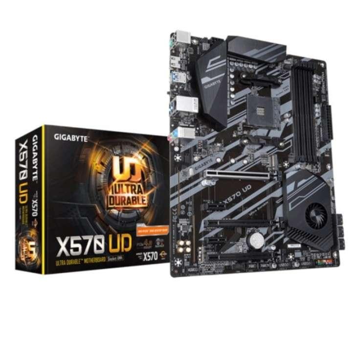MB Gigabyte AM4 X570 UD 1.1 S/R/HDMI/M2/DD4/ATX - 0