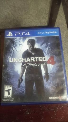 Uncharted 4 y Detroit PS4